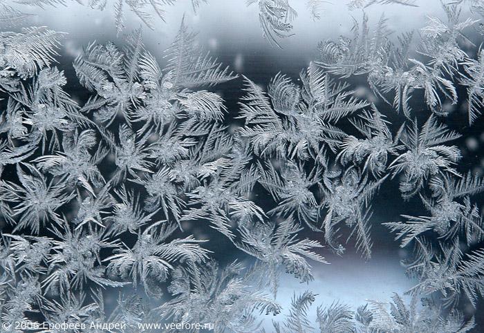 Как сделать зимний узор на окне